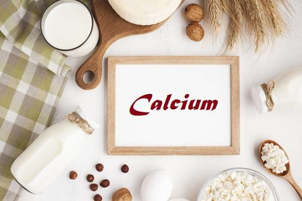 Read more about the article 12 Calcium-Rich Foods That Make Your Bones Strong