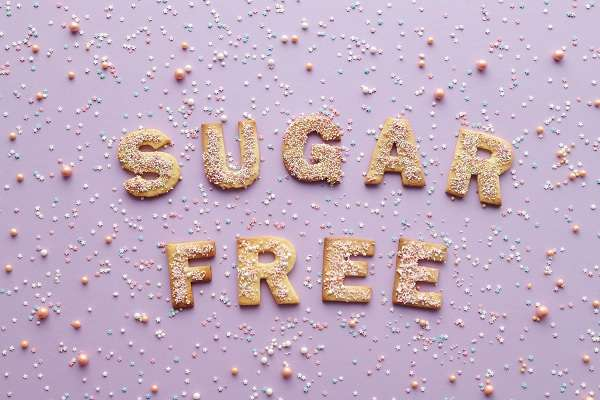 Read more about the article How To Reduce Sugar Cravings Naturally In 5 Steps