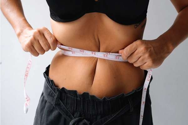 Read more about the article What Happens If You Lose Weight Too Fast?